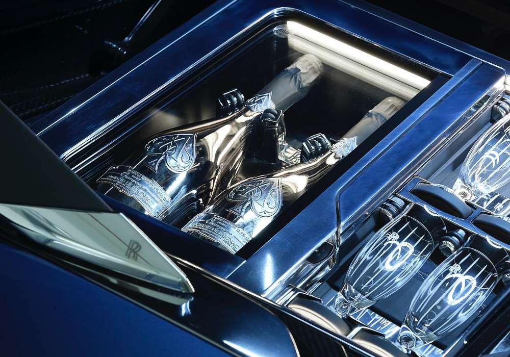 rolls royce coachbuild boat tail hosting suite champagne - 绝无仅有!一窥 Rolls-Royce Boat Tail 超乎想象的细节设计