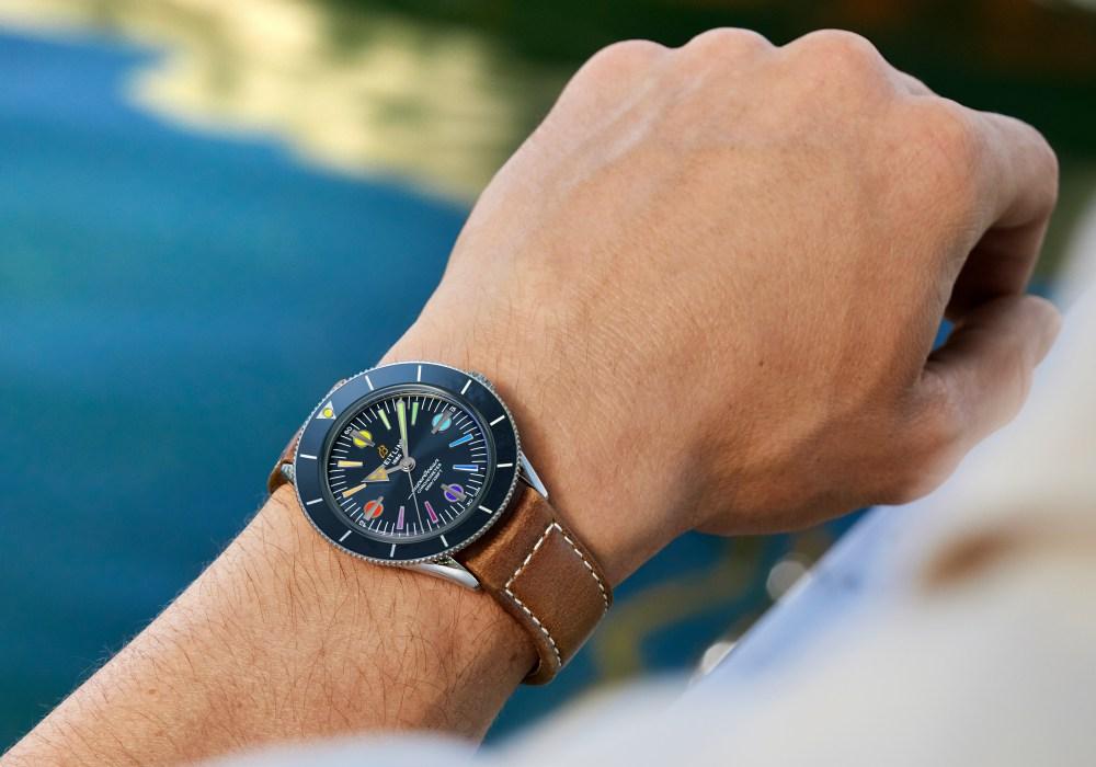 superocean heritage 57 002 - Breitling Superocean Heritage '57 彩虹腕表 - 用色彩点亮希望