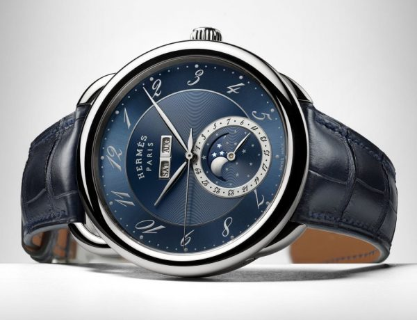 hermes Arceau Grande Lune blue 001 600x460 - Hermès ARCEAU Grande Lune演绎蓝色魅力