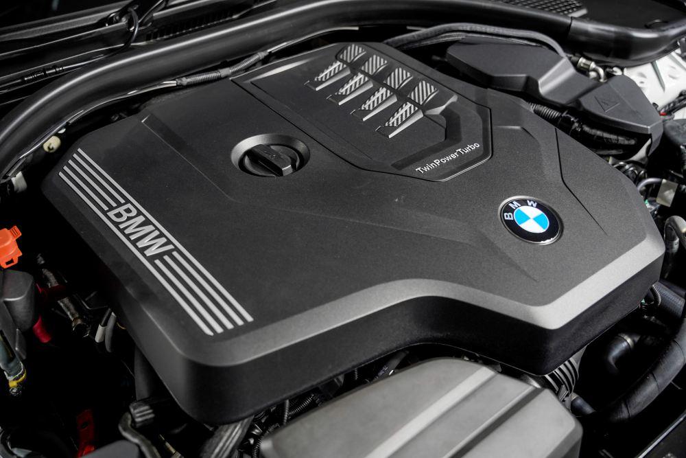 330li 0023 - 凭空间取胜!大马首创长轴版 BMW 330Li M Sport 登场