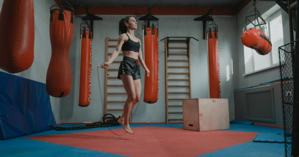 hiit rope jumping workout fat burner 002 1024x538 - 20分钟燃脂跳绳HIIT训练