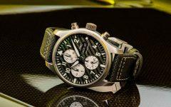 iwc x mercedes amg pilots watch chronograph amg titanium 007 240x150 - 车迷最爱的钛金属和碳纤!IWC x Mercedes-AMG 特别版飞行员计时腕表