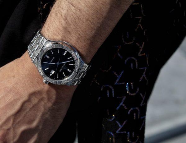 simon nogueira wear a watch 600x460 - 跑酷大师 Simon Nogueira X AIKON Urban Tribe 腕表正式推出!
