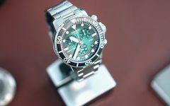kingssleeve Tissot seastar 1000 greendail diving watch Cover 240x150 - 编辑试戴|超高性价比的 Tissot Seastar 1000 石英计时码表